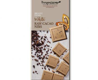 Βιολογική λευκή σοκολάτα με κομματάκια κακάο 70g, Benjamissimo